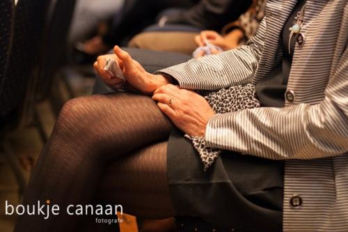 zakdoekje in hand - Boukje Canaan- uitvaart